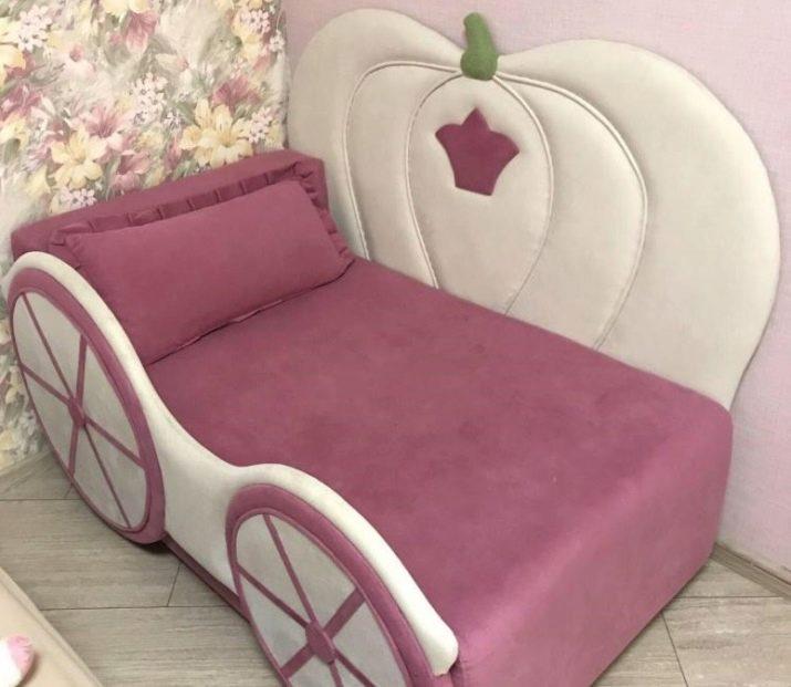 Дитяча тахта (84 фото): вибираємо диван-ліжко для дітей, розсувні тахту в кімнату для дівчинки або хлопчика, з шухлядами та підйомним механізмом