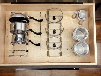 Підставки для кришок від каструль (40 фото): особливості зберігання кришок на кухні. Вибір власника. Види органайзерів